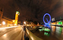 Big Ben at night, Thames River, London - Virtual tour