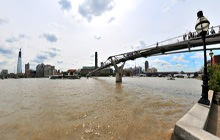 Millennium Bridge, Thames, London - Virtual tour