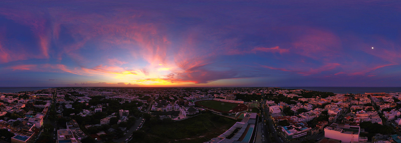 Sunset in Playa del Carmen, Riviera Maya - Virtual tour